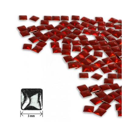 Ozdoby štvorec - holografické červené