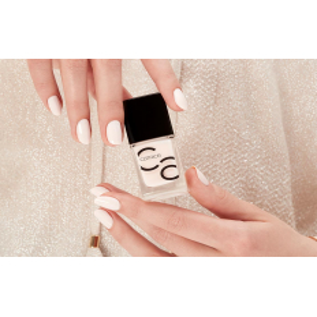 Catrice ICONails gel Lacque lak na nechty 23 Nice Cream 10,5 ml NechtovyRAJ.sk - Daj svojim nechtom všetko, čo potrebujú