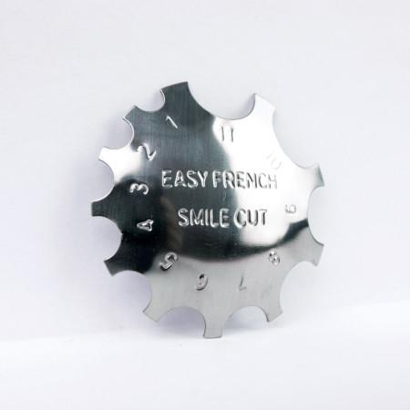 Kovová šablóna na francúzsku manikúru FT01 NechtovyRAJ.sk - Daj svojim nechtom všetko, čo potrebujú