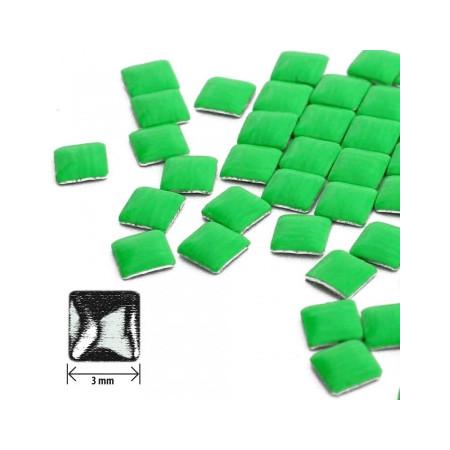 Ozdoby na nechty štvorec - neon zelené NechtovyRAJ.sk - Daj svojim nechtom všetko, čo potrebujú