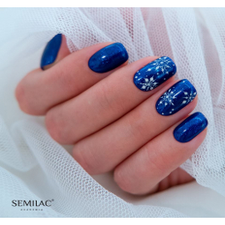 Semilac vianočná štylizácia 02 NechtovyRAJ.sk - Daj svojim nechtom všetko, čo potrebujú